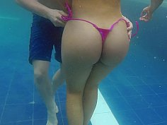 Colombian woman with a whole lot of Ass