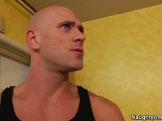 Buxom latina babe Missy Martinez seduces the gardener and sucks his cock deepthroat