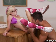 Coed blonde Elaina Raye gets poked in classroom