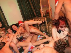 The hottest college girls want group fucking